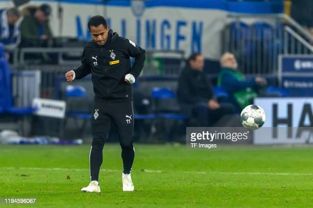 Raffael of Borussia Moenchengladbach controls the ball during the Bundesliga match between FC Schalke 04 and Borussia Moenchengladbach at...
