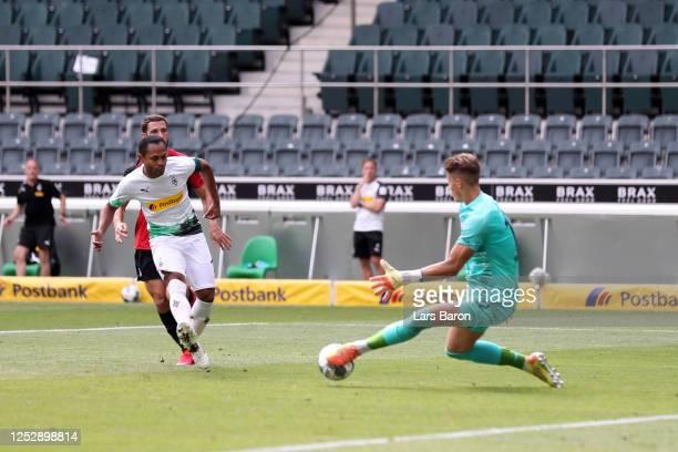 Raffael of Borussia Moenchengladbach misses a chance during the Bundesliga match between Borussia Moenchengladbach and Hertha BSC at BorussiaPark on...