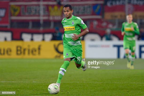 Raffael of Gladbach in action during the DFB Cup match between Rot Weiss Essen and Borussia Moenchengladbach at Stadion Essen on August 11 2017 in...