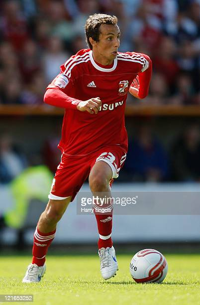 Raffaele De Vita of Swindon Town runs with the ball during the npower League Two match between Swindon Town FC and Oxford United at the County Ground...