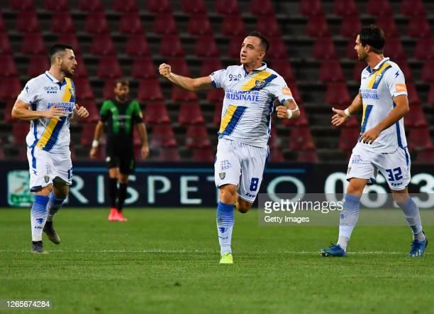 Raffaele Maiello of Frosinone Calcio celebrates after his team's first goal during the Serie B Playoffs match between Pordenonde Calcio and Frosinone...