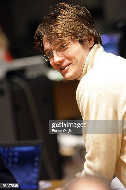 Raffaele Sollecito arrives at the Perugia courthouse for the lawyer defense closing speech of the Meredith Kercher murder trial on November 28, 2009...