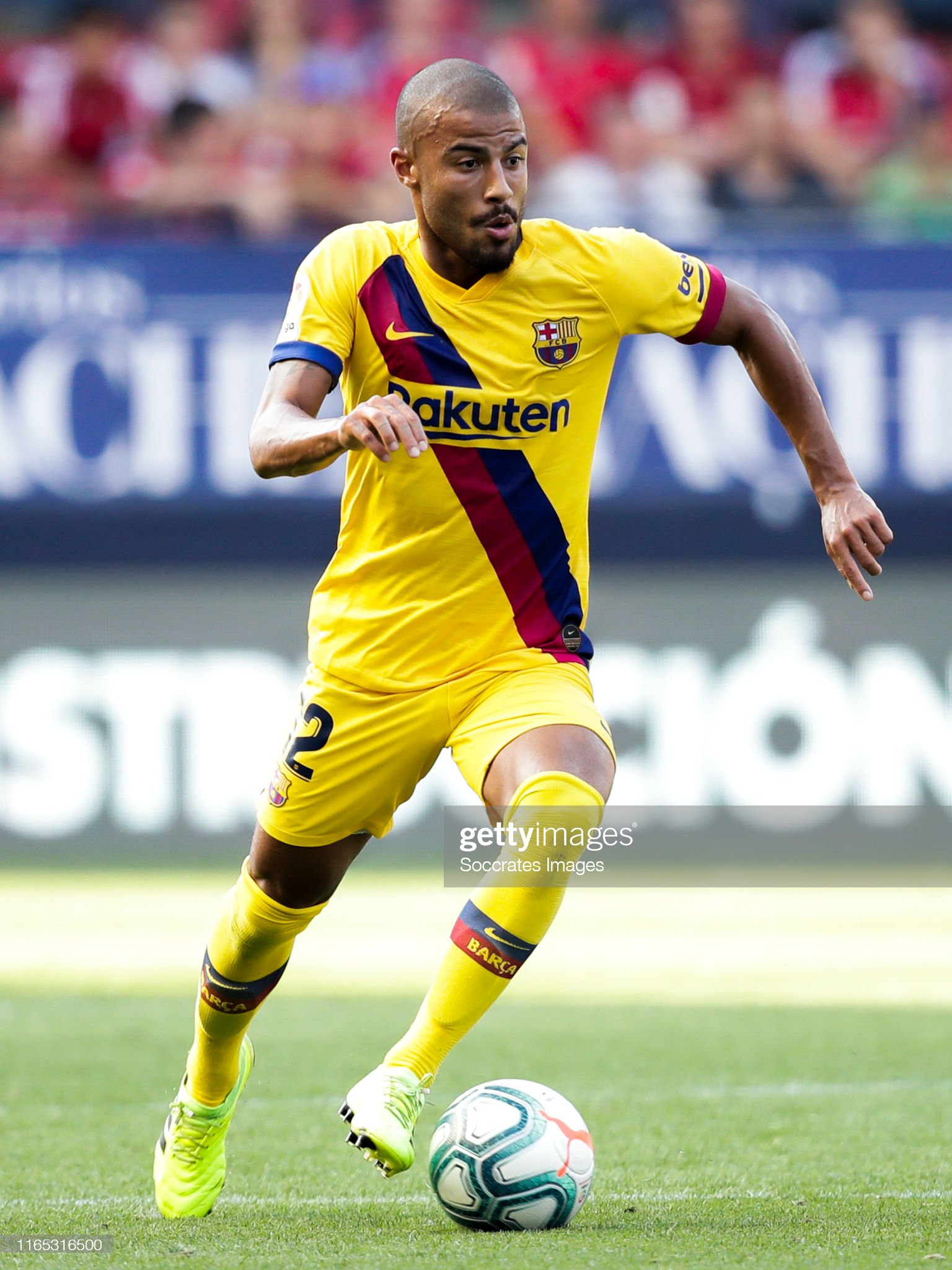 صور مباراة : أوساسونا - برشلونة 2-2 ( 31-08-2019 )  Rafinha-of-fc-barcelona-during-the-la-liga-santander-match-between-v-picture-id1165316500?s=2048x2048