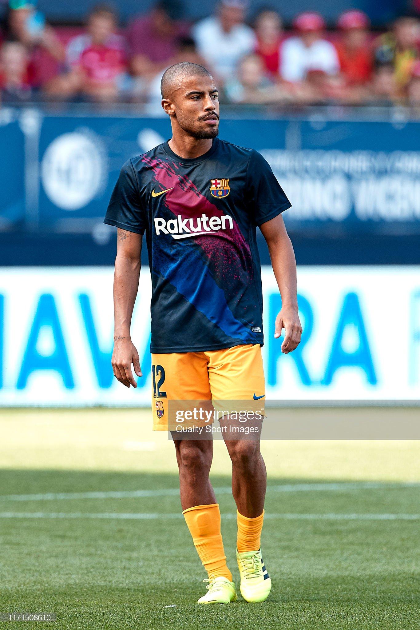 صور مباراة : أوساسونا - برشلونة 2-2 ( 31-08-2019 )  Rafinha-of-fc-barcelona-during-the-prematch-warm-up-prior-to-the-liga-picture-id1171508610?s=2048x2048