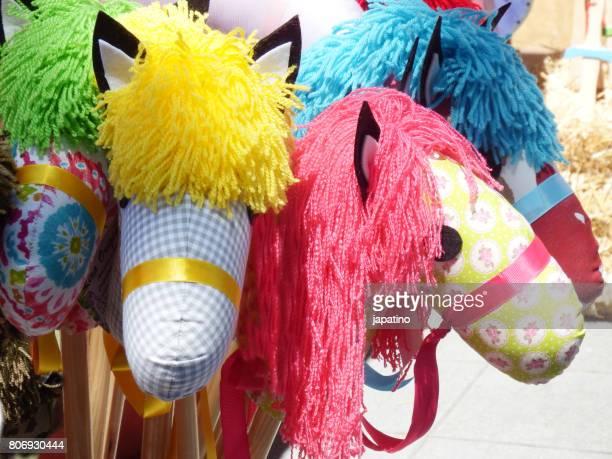 rag horsestoys - voltigeerpaard stockfoto's en -beelden