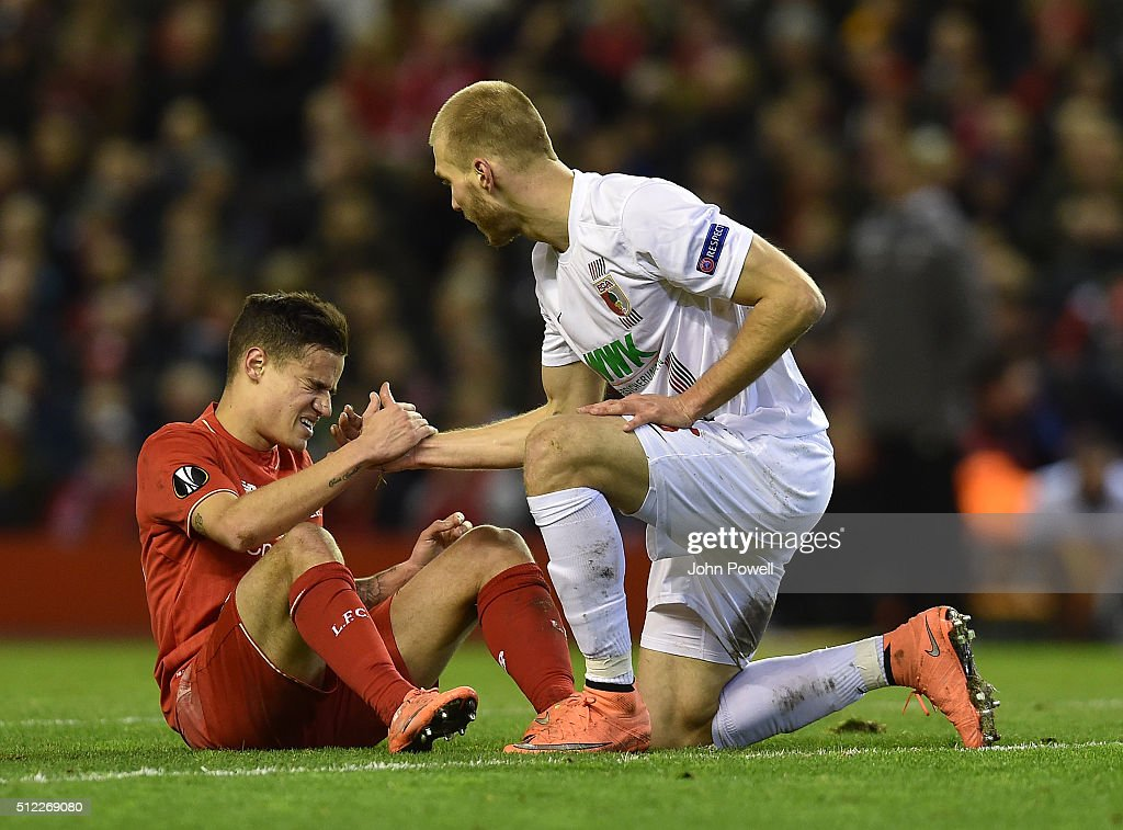 Liverpool v FC Augsburg - UEFA Europa League Round of 32: Second Leg : News Photo