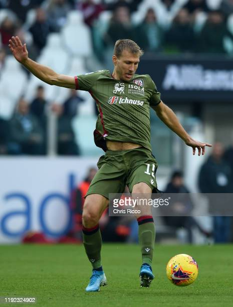 Ragnar Klavan of Cagliari during the Serie A match between Juventus and Cagliari Calcio at Allianz Stadium on January 6, 2020 in Turin, Italy.
