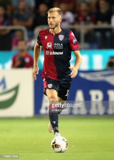 Ragnar Klavan of Cagliari in action during the Serie A match between Cagliari Calcio and FC Internazionale at Sardegna Arena on September 1, 2019 in...