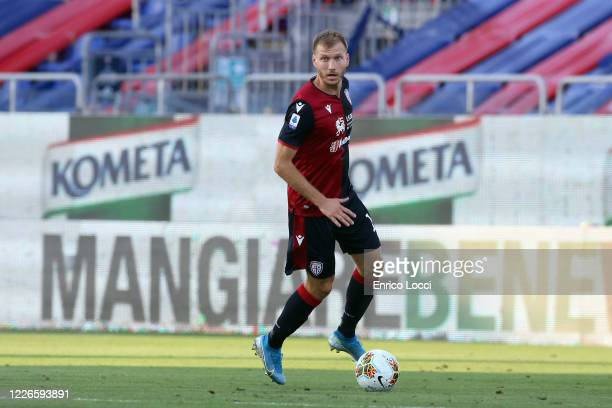 Ragnar Klavan of Cagliari in action during the Serie A match between Cagliari Calcio and US Lecce at Sardegna Arena on July 12, 2020 in Cagliari,...