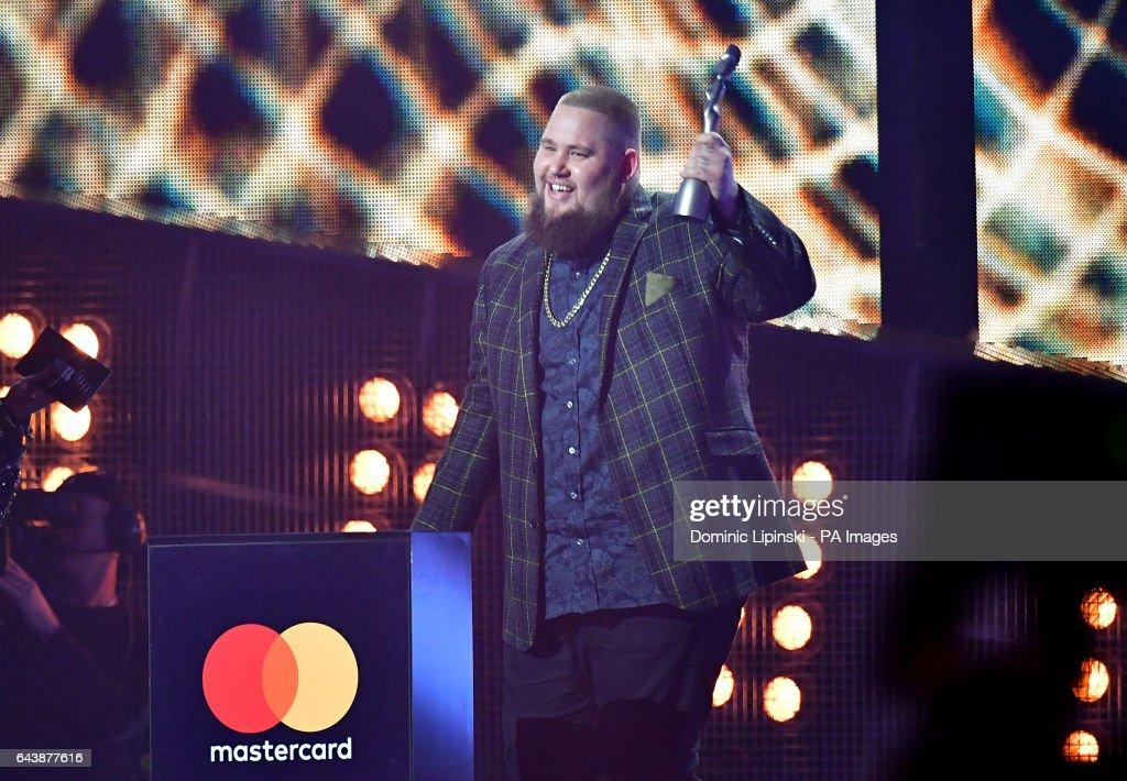 Brit Awards 2017 - Show - London : News Photo