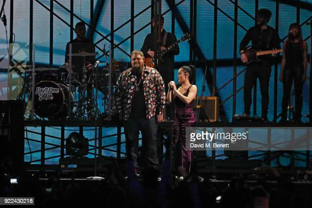 AWARDS 2018 *** Rag'n'Bone Man and Jorja Smith perform at The BRIT Awards 2018 held at The O2 Arena on February 21 2018 in London England
