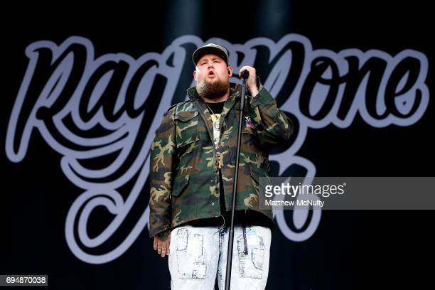 Rag'n'Bone Man performs at Parklife Festival 2017 at Heaton Park on June 11 2017 in Manchester England