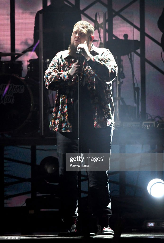 Rag'n'Bone Man performs at the BRIT Awards 2018 held at The O2 Arena on February 21, 2018 in London, England.