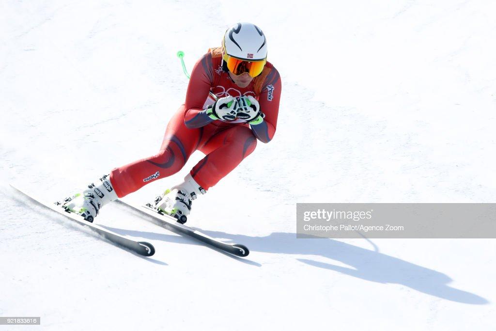 Alpine Skiing - Winter Olympics Day 12 : Fotografía de noticias
