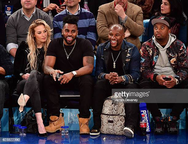 Ragon Miller Jason Derulo and Floyd Mayweather attend New York Knicks vs Dallas Mavericks game at Madison Square Garden on November 14 2016 in New...