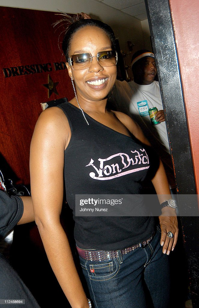 D-12's Performance at BB Kings - July 23, 2004