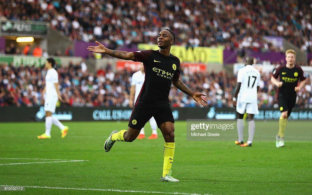 Swansea City v Manchester City - Premier League : News Photo
