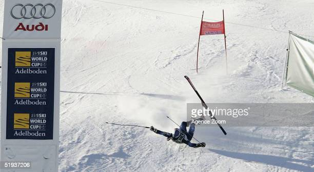 Rahlves Daron of USA falls during the FIS Alpine World Cup Men's Giant Slalom on January 11 2005 in Adelboden Switzerland