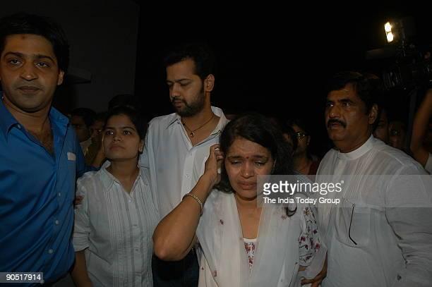 Rahul Mahajan at their residence with his Mother Rekha Mahajan Sister Poonam Mahajan and Gopinath Munde after release on bail from Tihar Jail in...