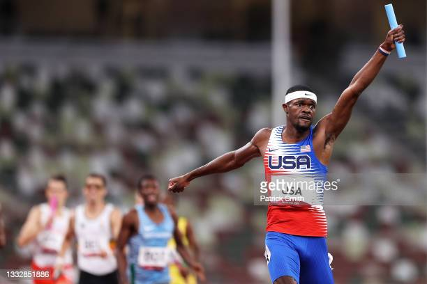Rai Benjamin of Team United States celebrates winning the gold medal as he crosses the finish line in the Men's 4 x 400m Relay Final on day fifteen...