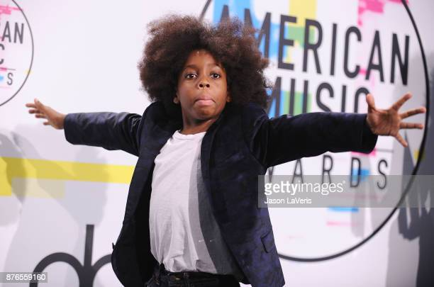 RaifHenok Emmanuel Kendrick poses in the press room at the 2017 American Music Awards at Microsoft Theater on November 19 2017 in Los Angeles...