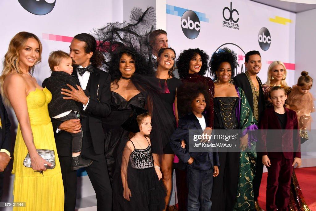 2017 American Music Awards - Red Carpet : Photo d'actualité