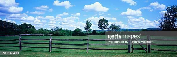 rail fence on a farm in ohio - timothy hearsum stockfoto's en -beelden