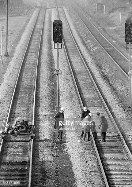 Rail traffic, construction site, track workers, track construction works, D-Oberhausen, D-Oberhausen-Sterkrade, Ruhr area, North Rhine-Westphalia -