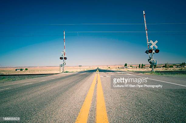 railroad crossing, utah, usa - railroad crossing stock pictures, royalty-free photos & images