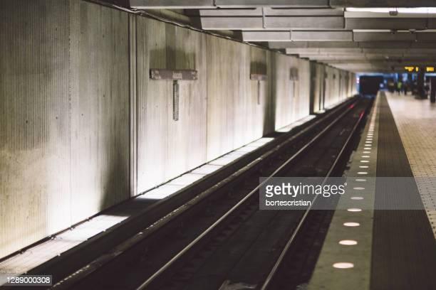 railroad station platform - bortes stock pictures, royalty-free photos & images