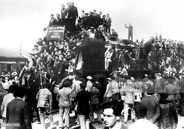 Railroaders Demonstration Celebrating The Spanish Republic In 1931