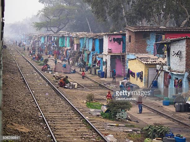 railway slum - indian slums stock pictures, royalty-free photos & images