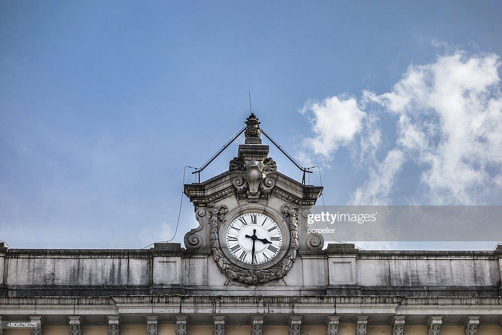 Horloge de la gare ferroviaire : Photo