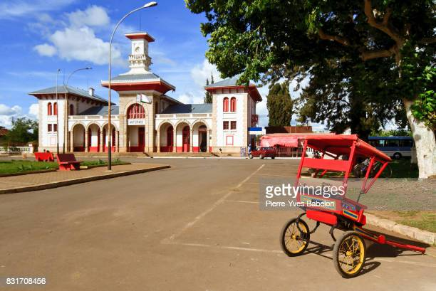 railway station of antsirabe - pierre yves babelon madagascar stock pictures, royalty-free photos & images