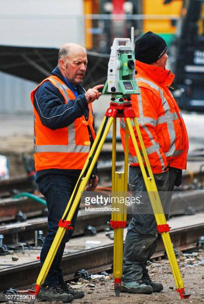 railway worker using a modern 3d scan for a land survey - 3d scanning stock pictures, royalty-free photos & images