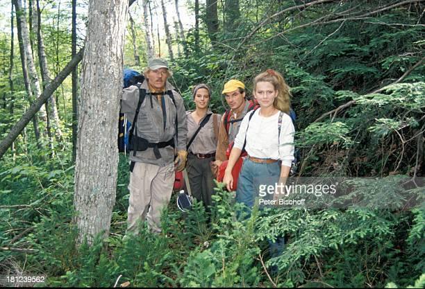"""Raimund Harmstorf, Alexa Wiegandt, Hans-Georg Panczak, Dana Geissler, , PRO 7 - Serie """"Glueckliche Reise"""", Folge 12, """"Kanada"""", Episode 1 """"Die..."""