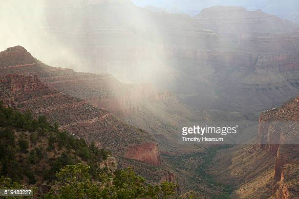 rain and sun in the grand canyon, south rim - timothy hearsum stock pictures, royalty-free photos & images