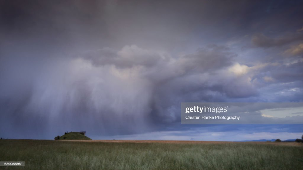 Rain cloud, Weiler (II) : Stock-Foto