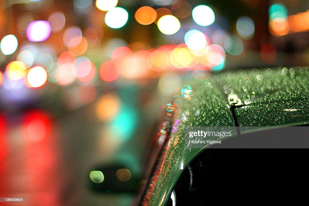Rain drops on car : ストックフォト