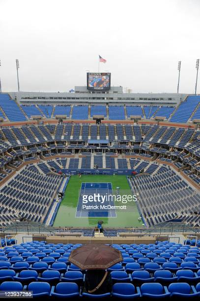 Rain falls on the court to delay Day Nine of the 2011 US Open at the USTA Billie Jean King National Tennis Center on September 6, 2011 in the...
