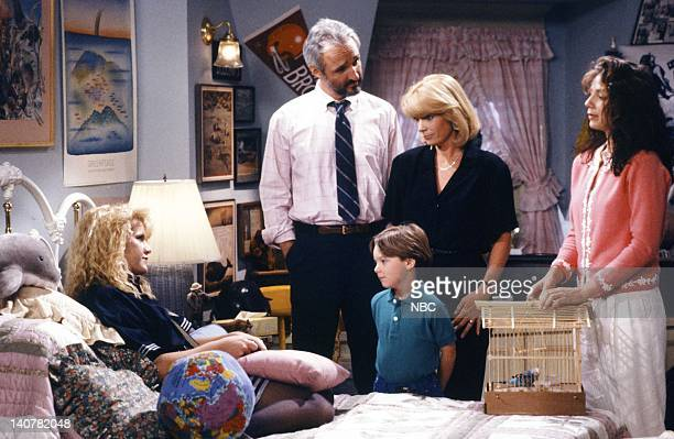 "Rain Forests Keep Fallin' on My Head"" Episode 21 -- Pictured: Tina Yothers as Jennifer Keaton, Michael Gross as Steven Keaton, Brian Bonsall as..."