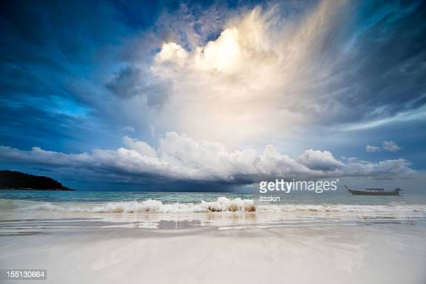 rain in the sea - dramatic sky stock pictures, royalty-free photos & images