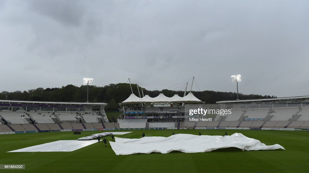 Hampshire v Essex - Specsavers County Championship: Division One : News Photo