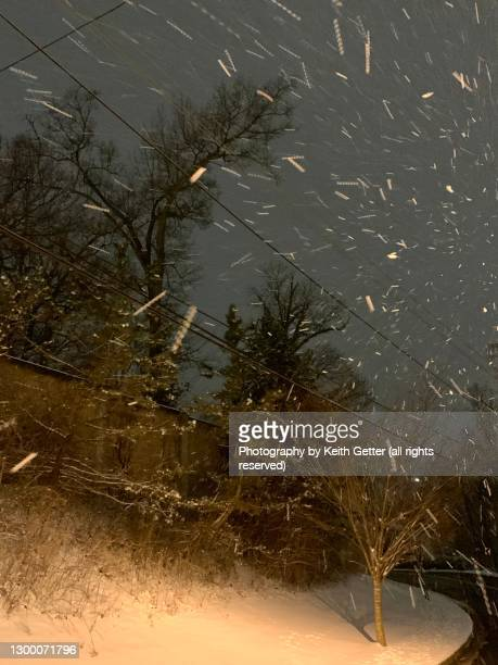 rain, sleet and snow on a winter night - bethesda maryland stock pictures, royalty-free photos & images