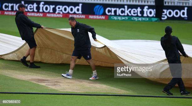 Rain stop play during the ICC Champions Trophy match Group A between Australia and Bangladesh at The Oval in London on June 05 2017