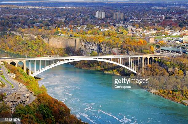 rainbow brdige over niagara river - niagara river stock pictures, royalty-free photos & images