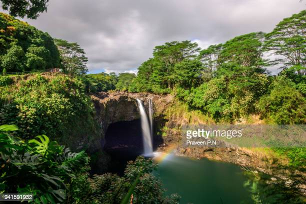 rainbow falls - hawaii islands stock pictures, royalty-free photos & images