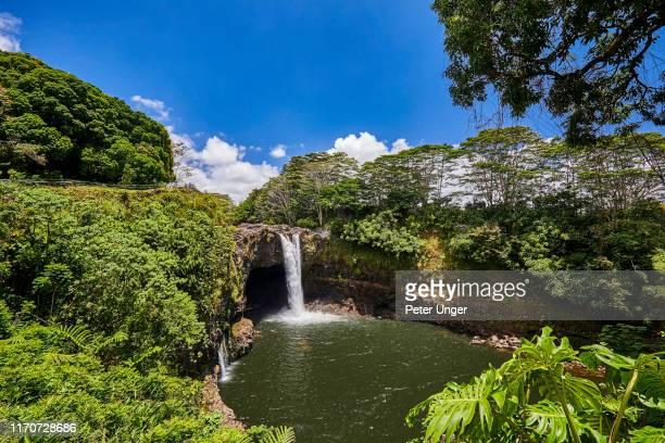 rainbow falls,hilo,big island,hawaii,usa - hawaiian waterfalls stock pictures, royalty-free photos & images