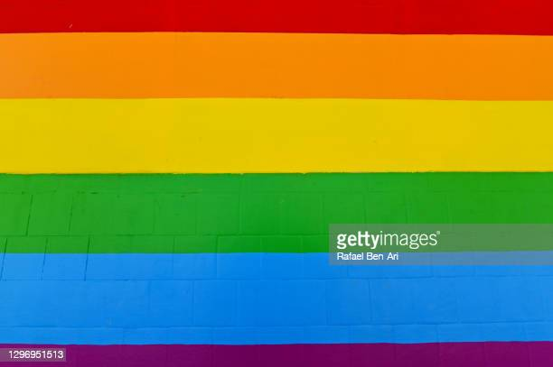 rainbow flag lgbt - rafael ben ari - fotografias e filmes do acervo