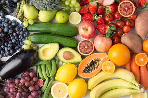 Rainbow fruits and vegetables, top view 924858812